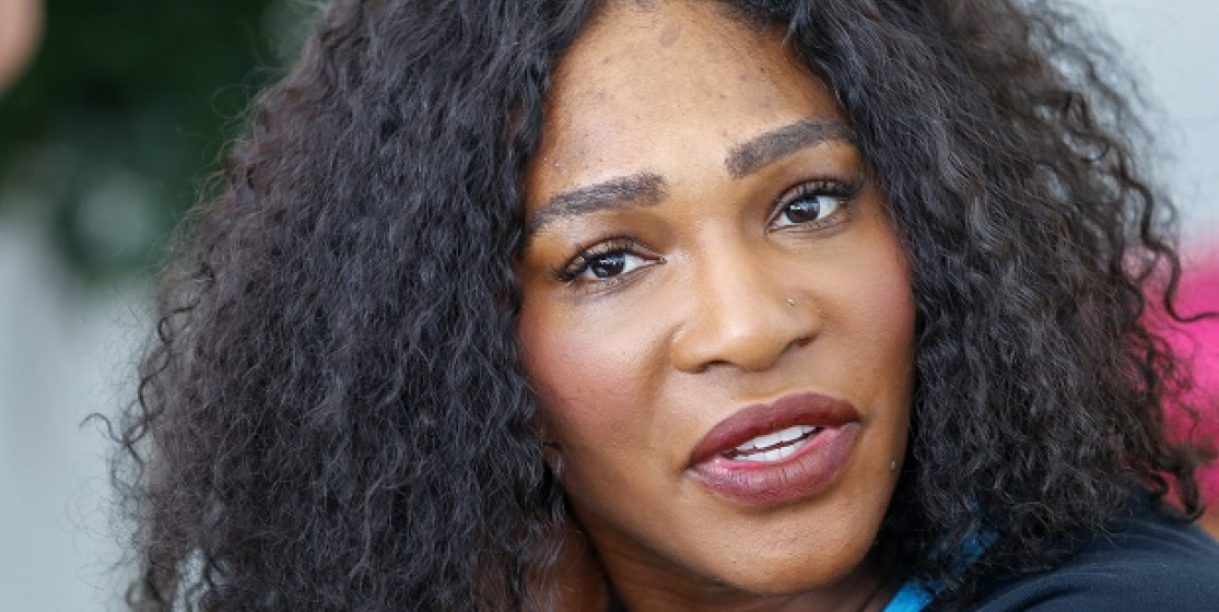 Serena's got green hair