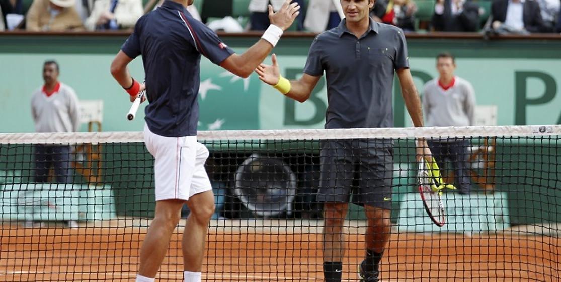 Pour devenir le plus grand joueur de l'histoire du tennis, il reste encore à Djokovic de...