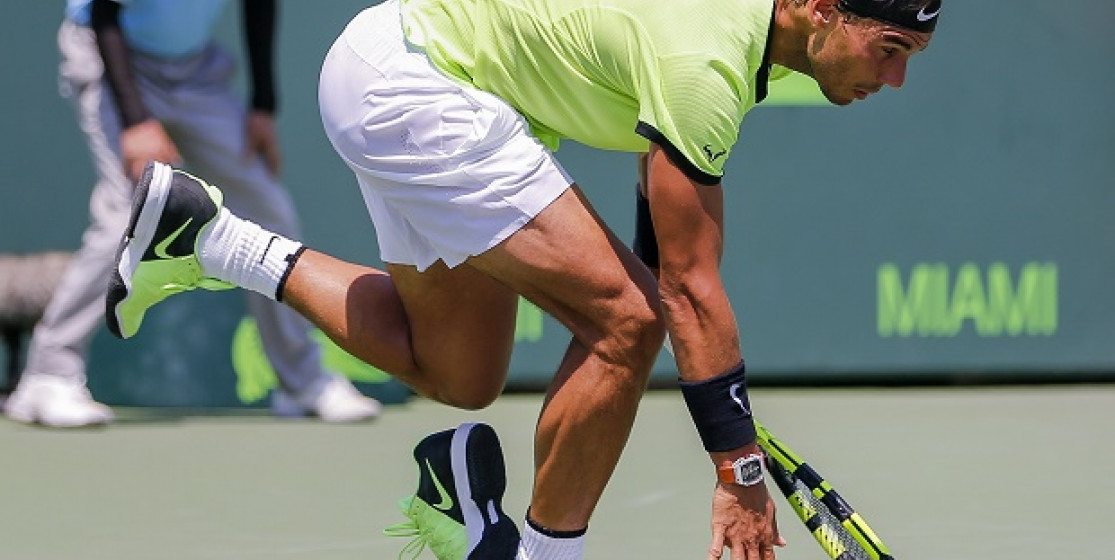 Why did Nadal lose his shoe ?
