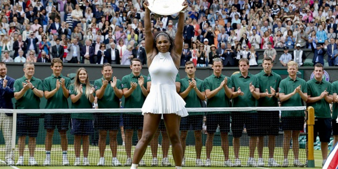 SERENA SWEEPS THROUGH SW19