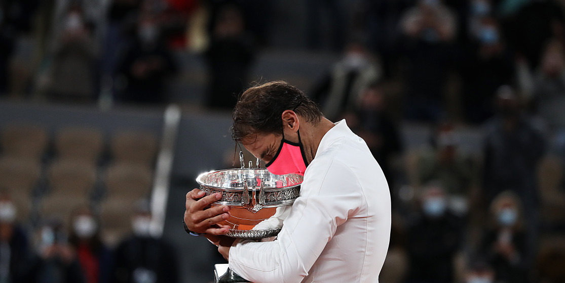 The tennis news (but not only) of the week: Nadal the tornado, a first for Swiatek and Mao's poem