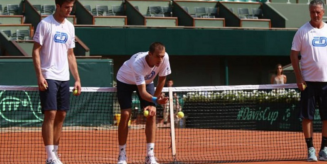 Mais que se passe-t-il durant les jours précédant un week-end de Coupe Davis ?