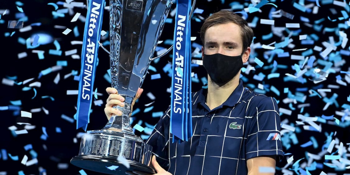 The tennis news (but not only) of the week: Medvedev on the throne and a King cobra