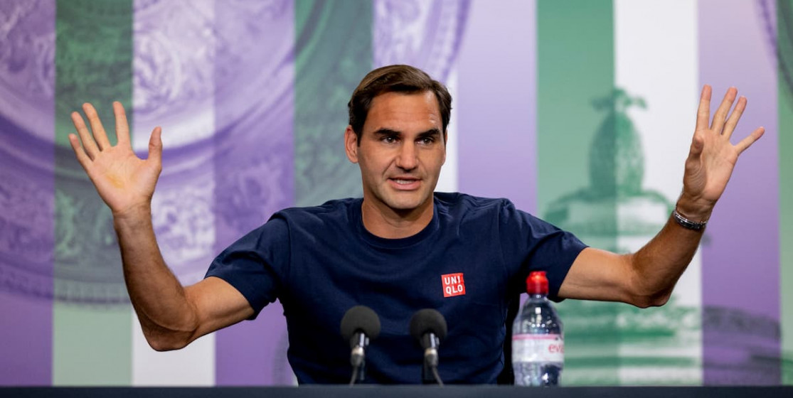 Tennis news of the week (and more): Roger Federer's auction and a swim for 47 000 euros
