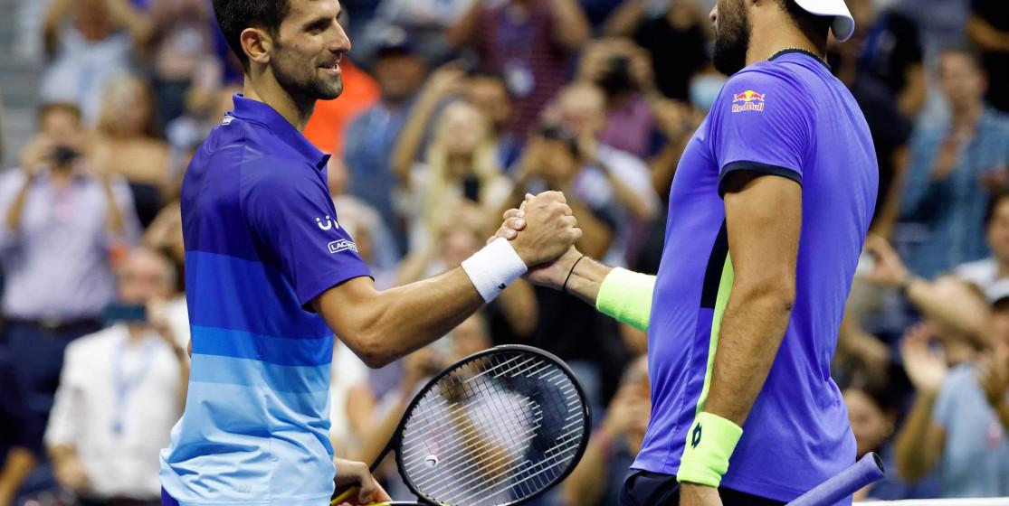 Plus que deux victoires pour Novak Djokovic
