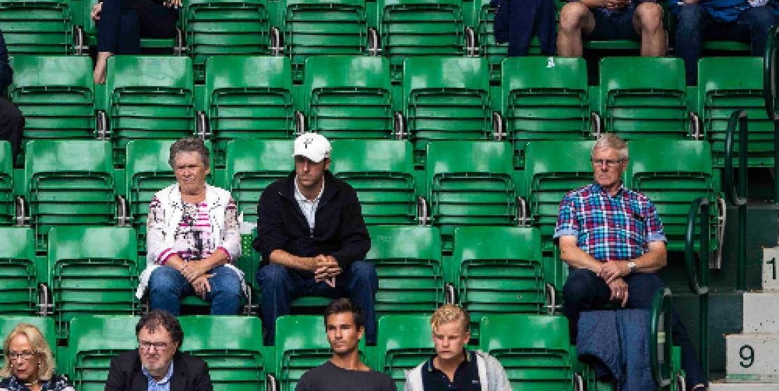 Stade à moitié vide ou plein ?